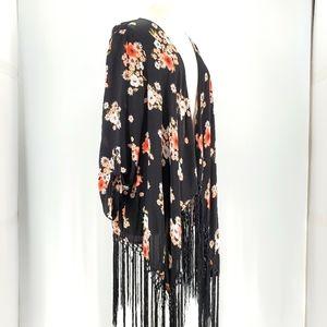 Torrid Black Floral Kimono w/ Fringe Sz 1/14-16